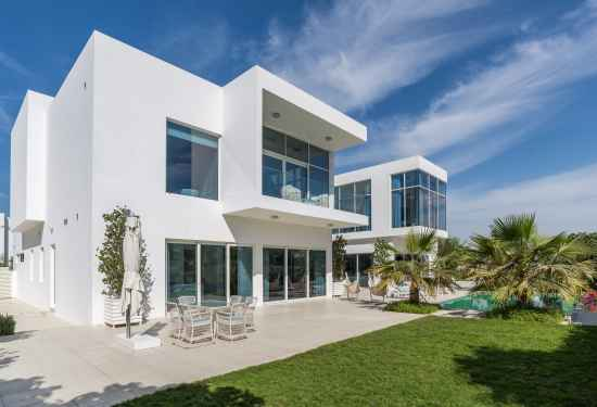 Top 10 Luxury Homes On Dubai's Property Market Right Now