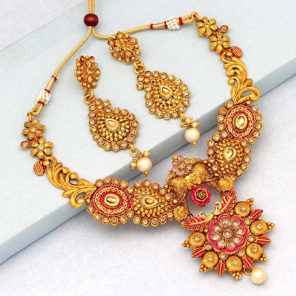 Why you should invest in Imitation Jewellery and their advantages?